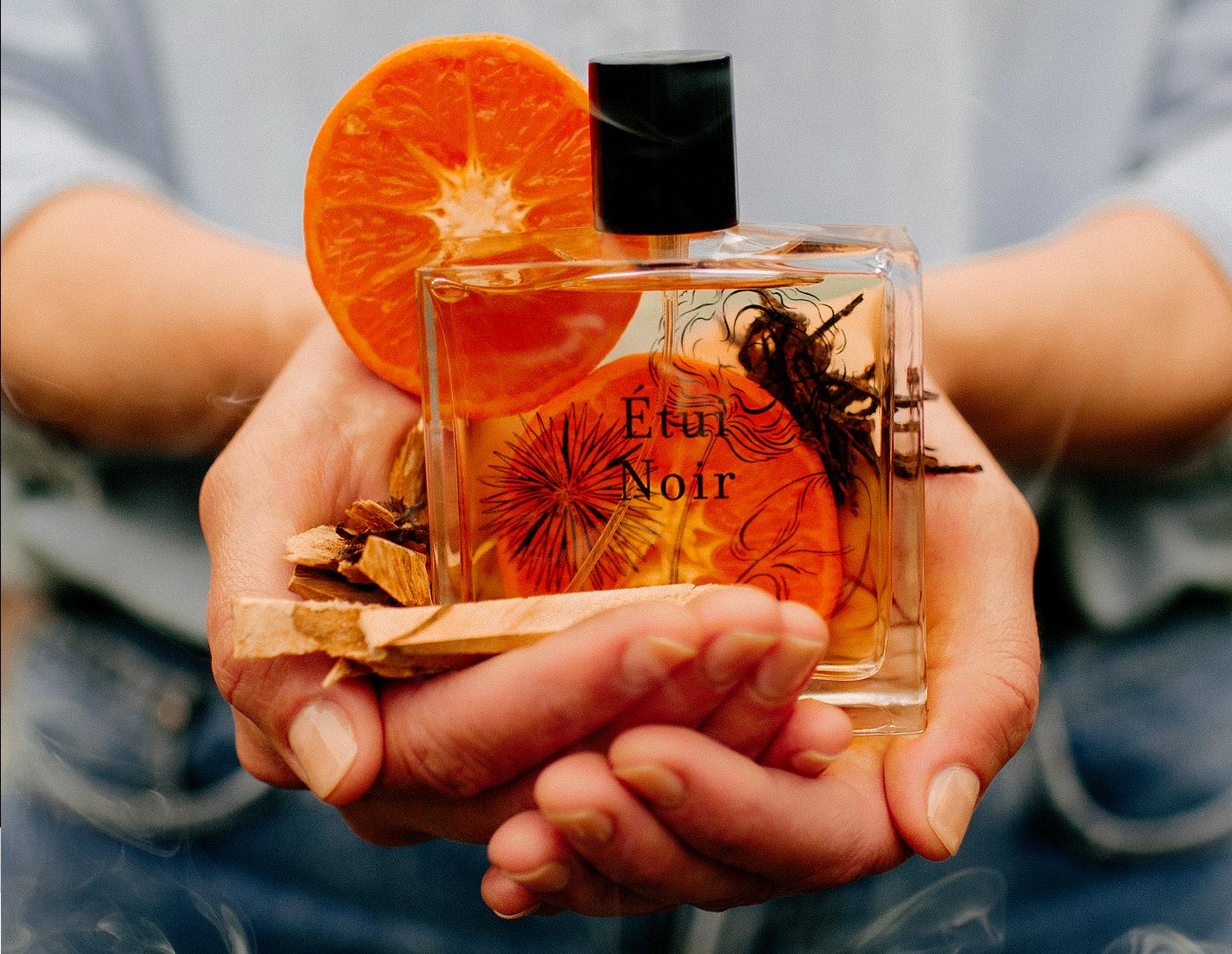 Étui Noir - An enthralling leather perfume by Miller Harris
