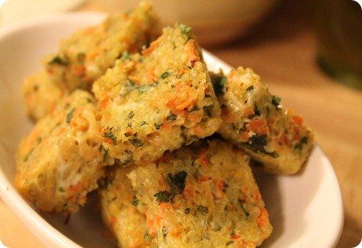 Cheesy Cabot Quinoa Bites