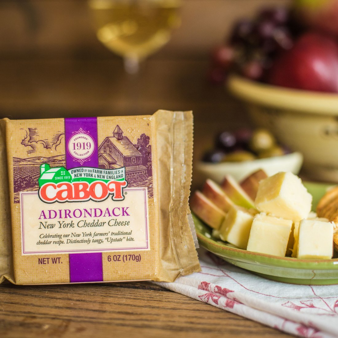 Founders' 1919 Collection: Adirondack Cheddar Cheese
