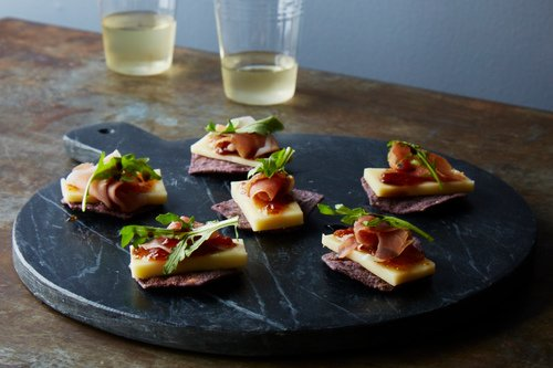Blue Corn Chips with Seriously Sharp and Prosciutto