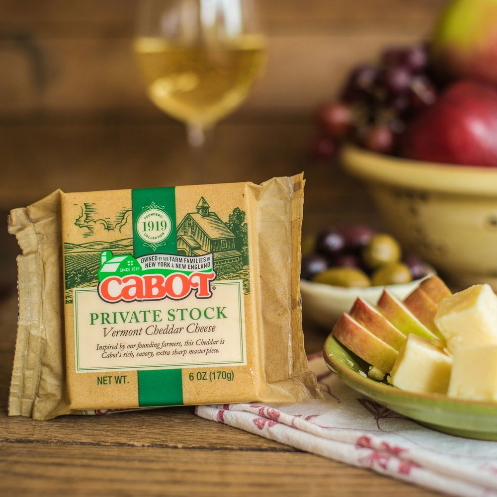 Founders' 1919 Collection: Private Stock Cheddar Cheese