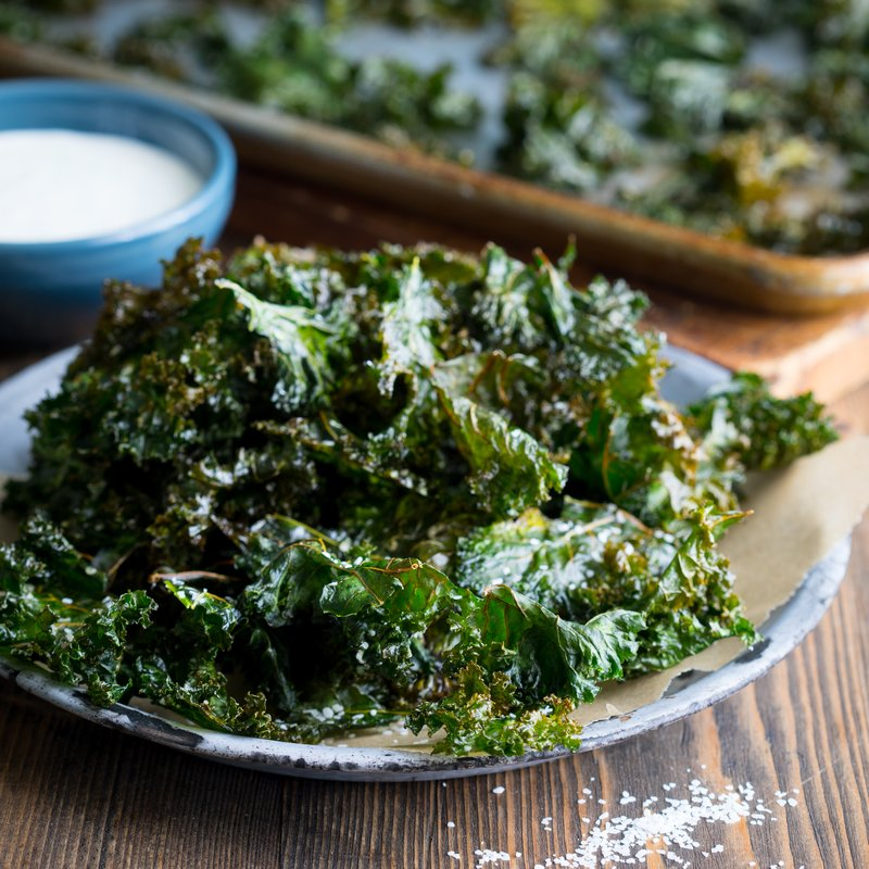 Crispy Kale Chips with Greek Yogurt Dip