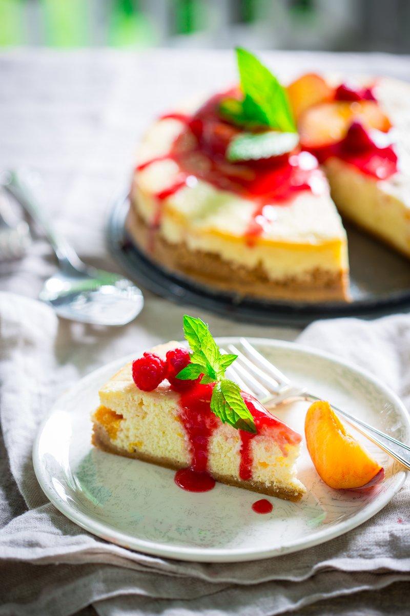 Peach Melba Greek Yogurt Cheesecake