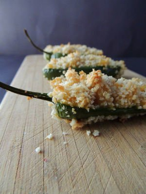 Baked Mac & Cheese Jalapeno Poppers