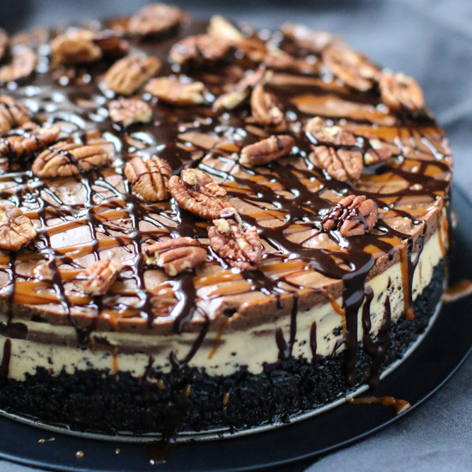 Barstow's Longview Farm's Turtle Cheesecake