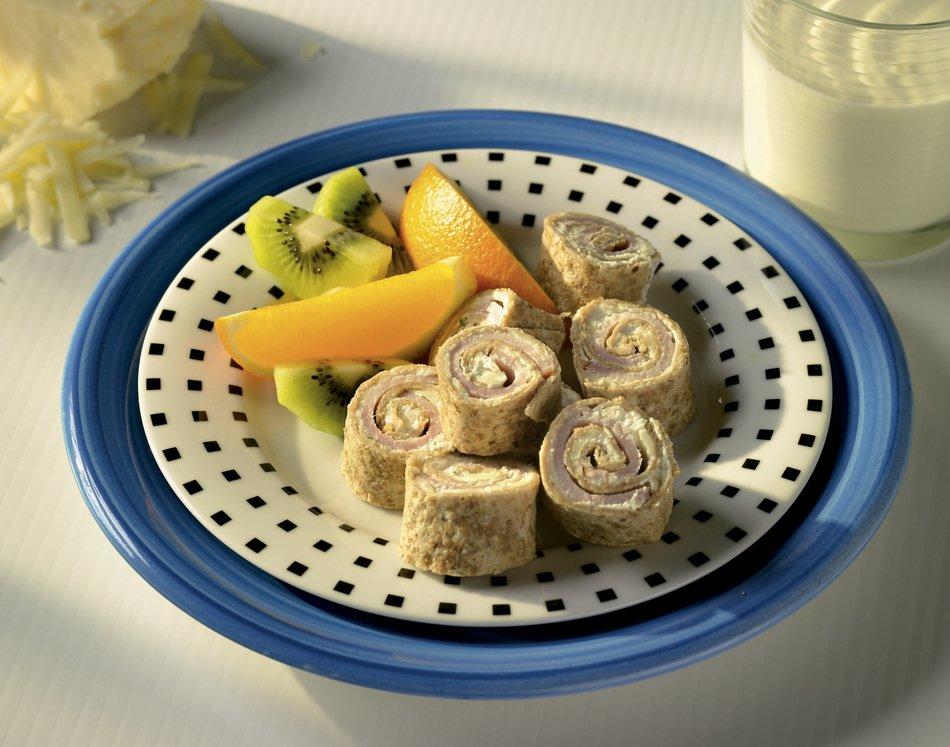 Breakfast Pinwheels with Lite50 Sharp Cheddar