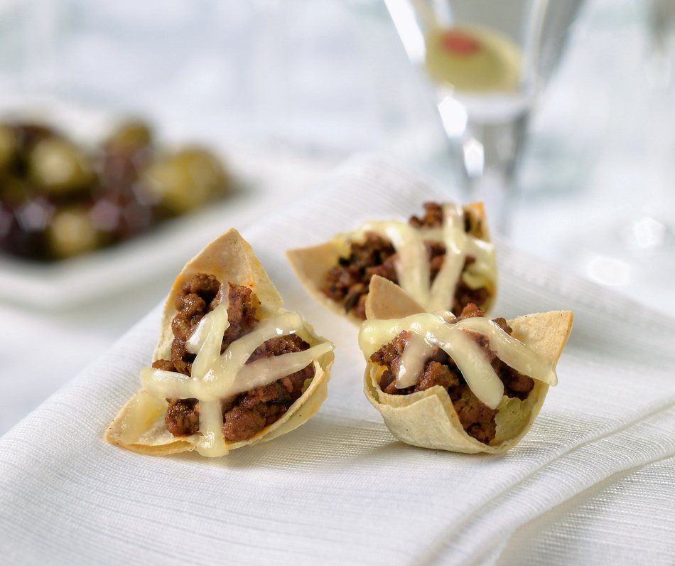 Turkey-Black Olive Chili in Tortilla Cups