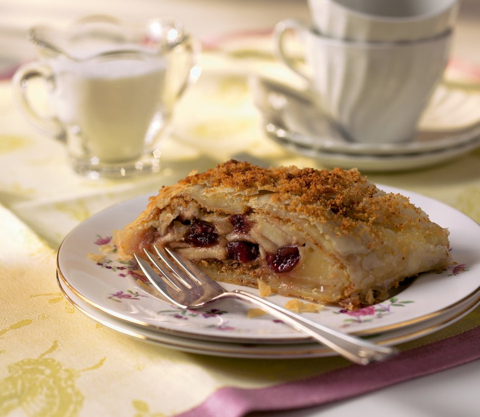 Cranberry Apple Cabot Cheese Strudel | With Cabot Cheddar | Cabot ...