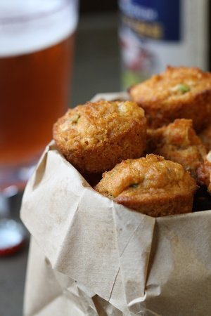 Spicy Cheddar Cornbread Muffins