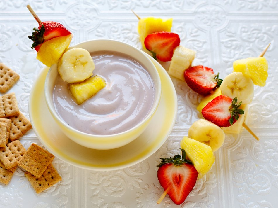 Fruit Skewers with Grape-Vanilla Dip
