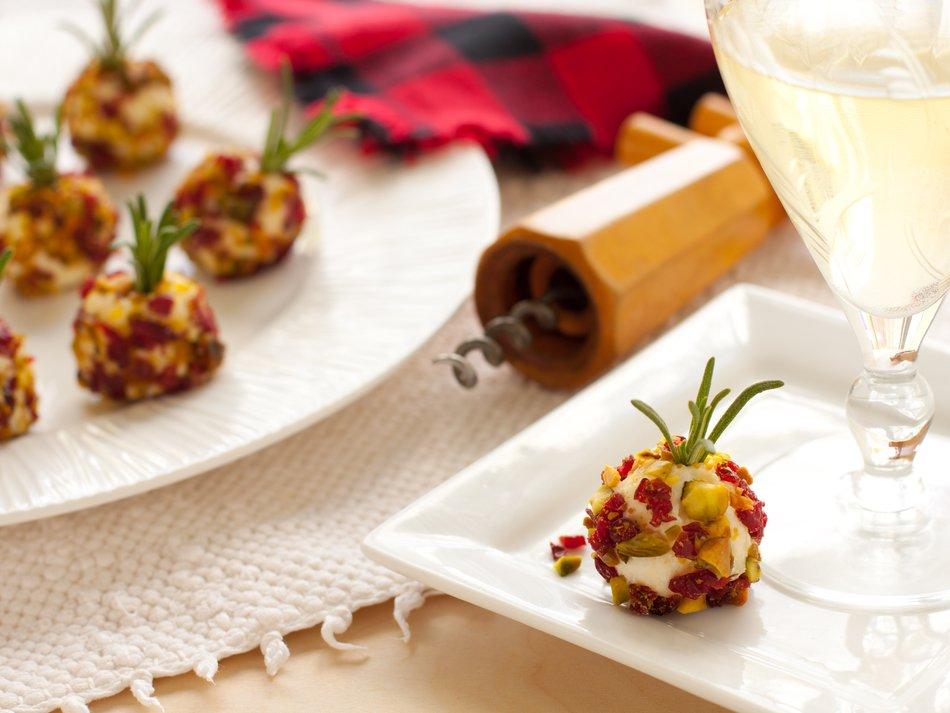 """Fresh Cranberry Pistachio & Cheddar """"Pops"""""""