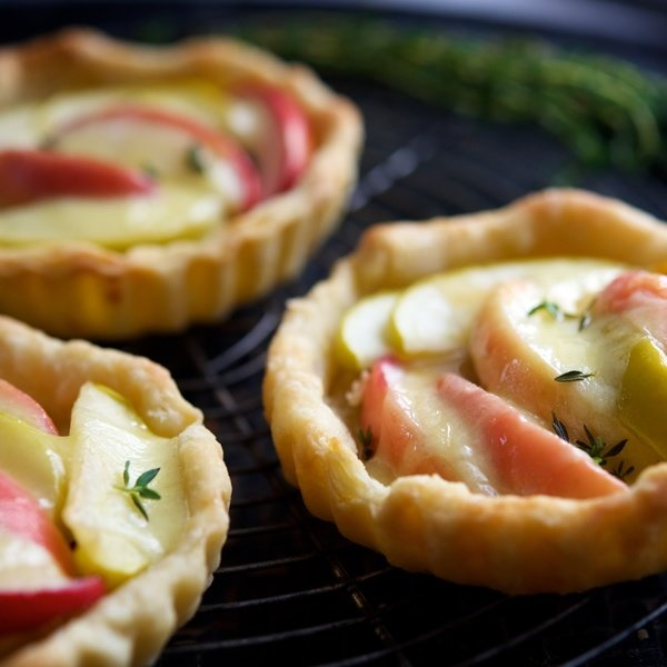 Mini Apple Tarts with Cabot Cracker Cuts