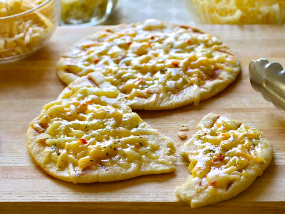 Three Cheese Pizzettas