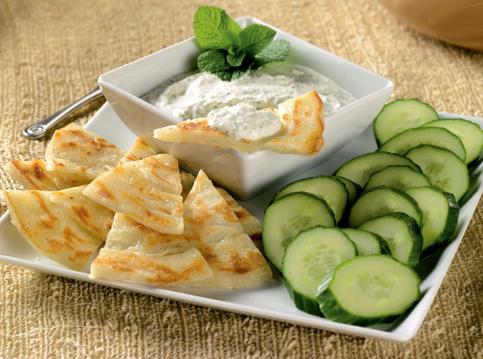 Garlicky Cabot Greek Yogurt Dip