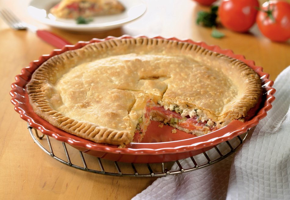 Summer Tomato Cheese Pie with Cheddar