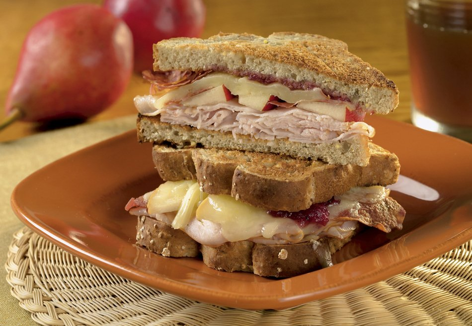 Cheesy Turkey and Cranberry Melts