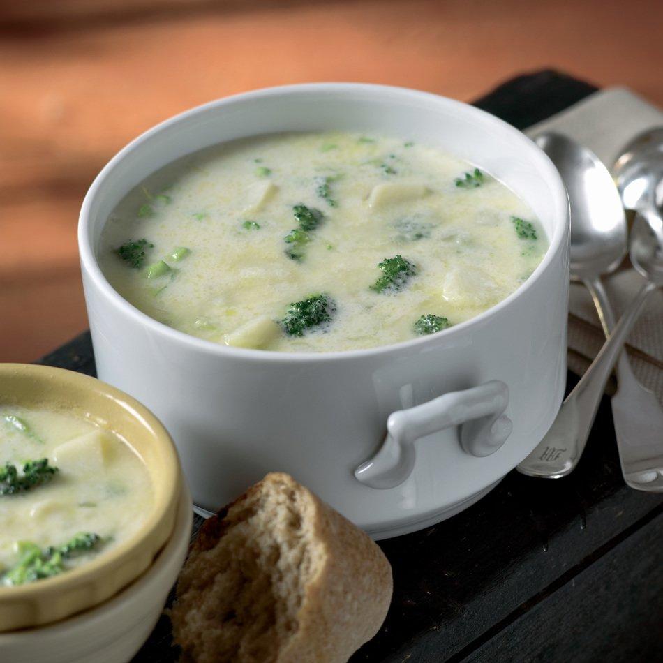 Crockpot Broccoli Cheddar Soup Recipe | Cabot Creamery