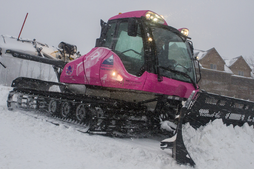 Sugarloaf unveils pink snowcat to support Charity Summit