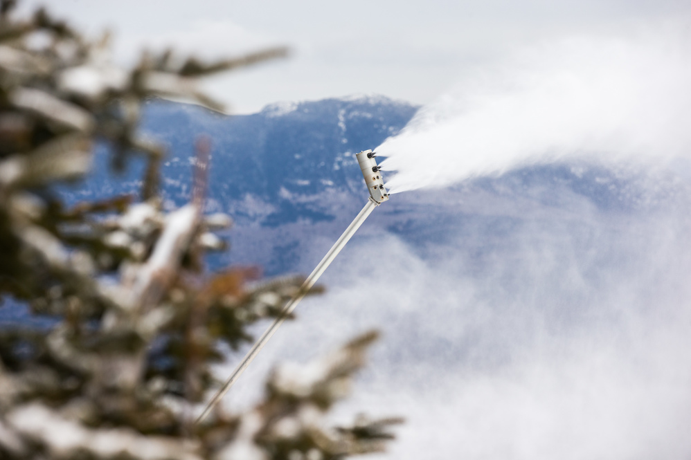 Sugarloaf makes snow in April for first time