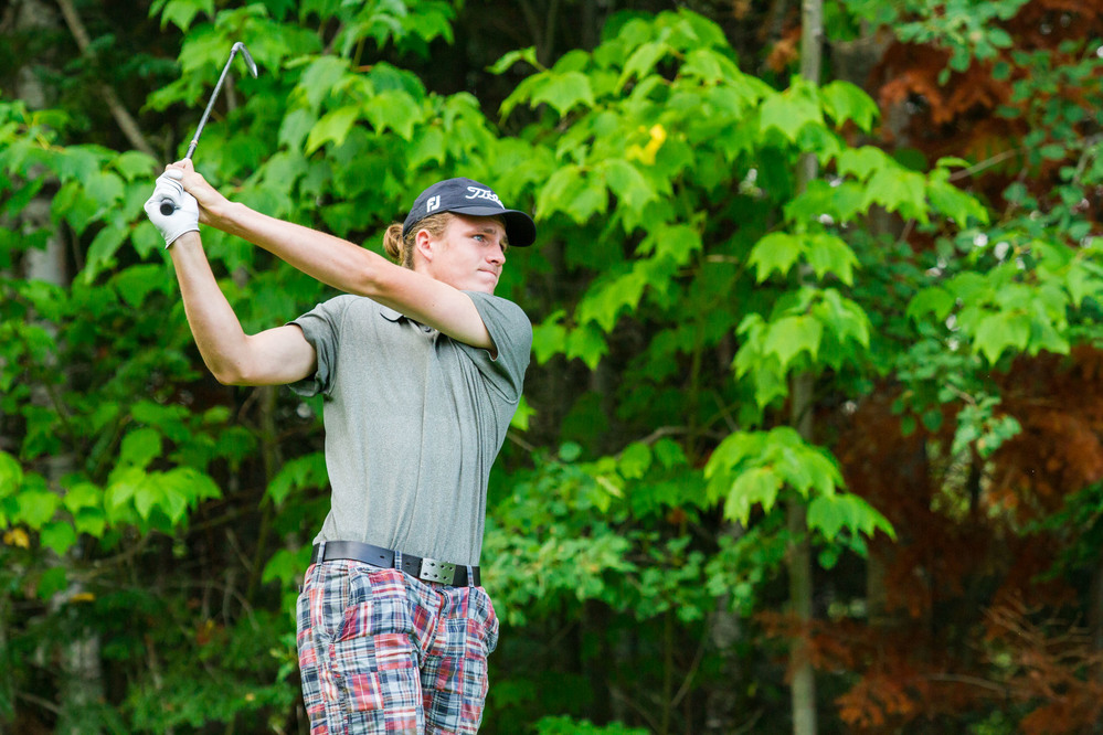 Tucker Allen takes the lead after Round 1 of the AJGA Coca-Cola Junior Championship