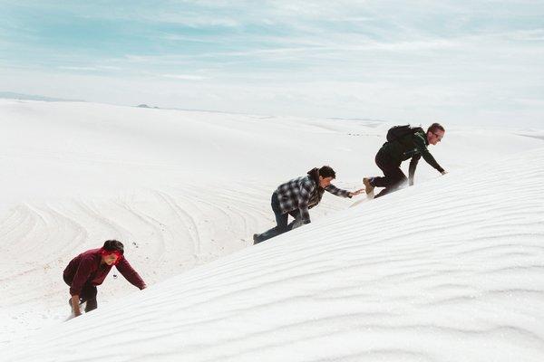 crimbing in the dunes